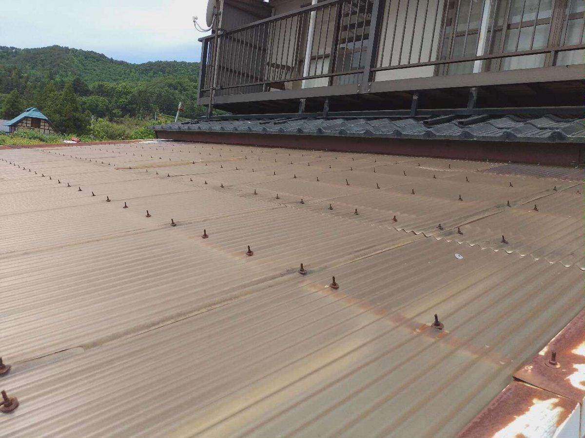 雨樋交換と車庫屋根工事です!